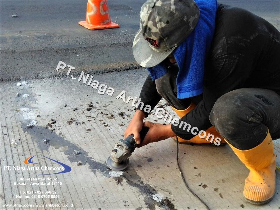 Injeksi Epoxy Memperbaiki Beton Retak