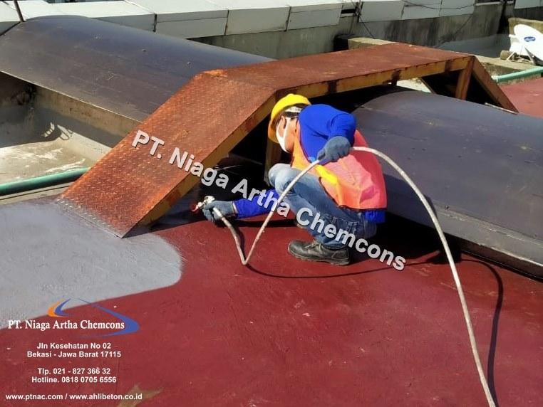 Aplikator Waterproofing Atap