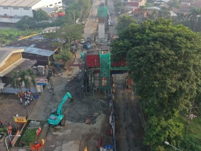 Ambruknya Balok Penyangga Pada Tol Bogor