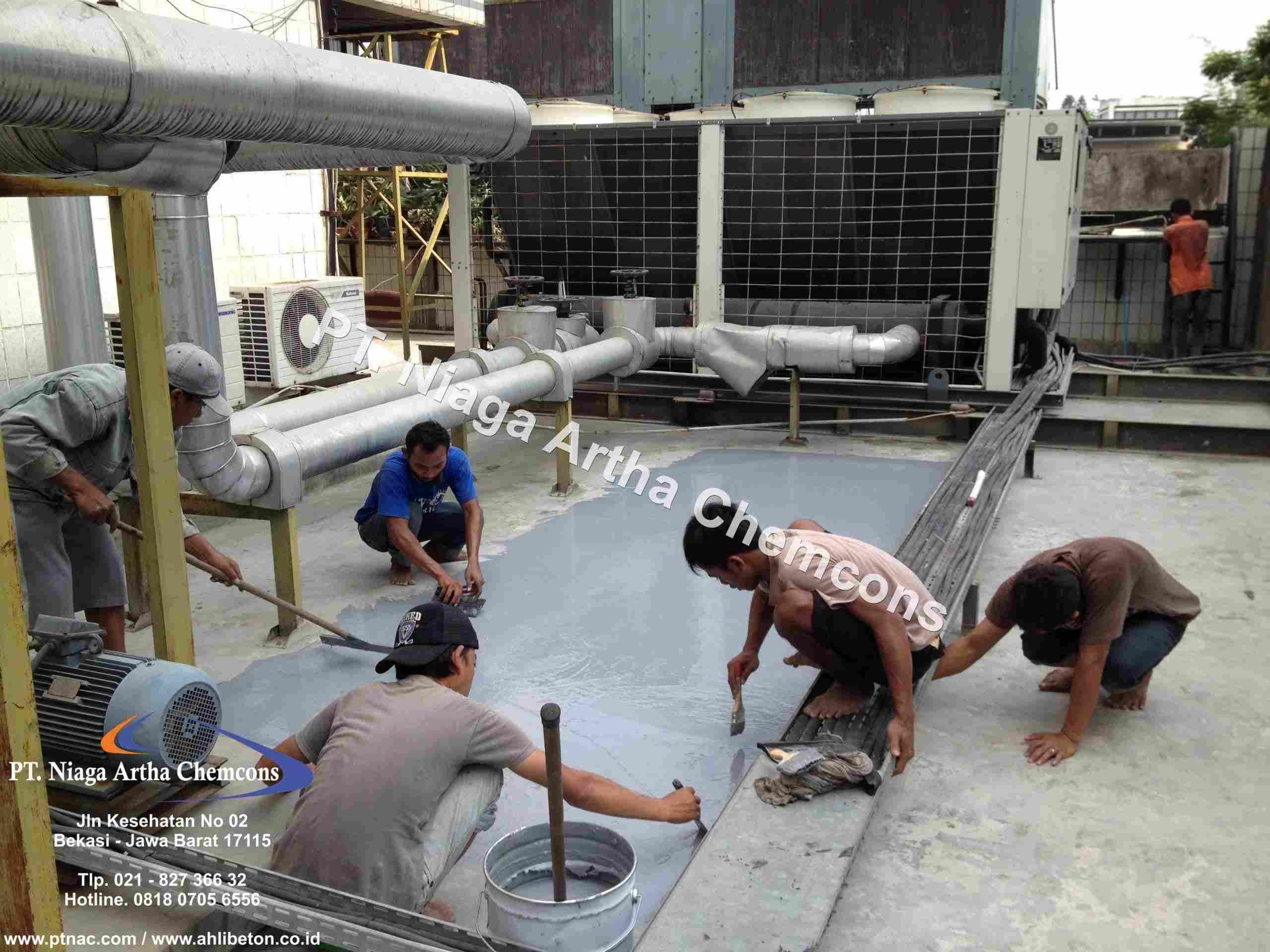 Aplikator Waterproofing Coating Gedung