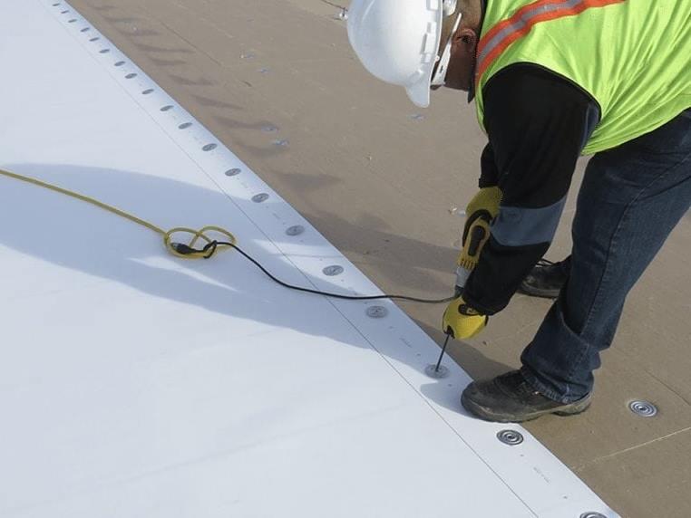 Aplikator Pemasangan Membrane PVC